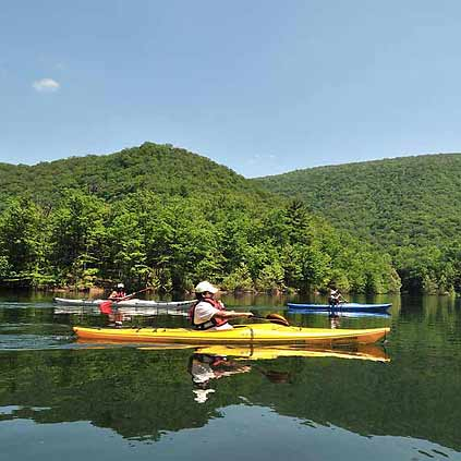 Spring Kayaking Tours